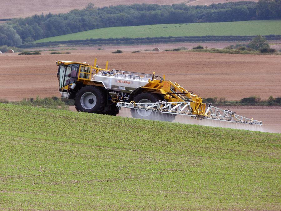 Lite Trac Crop Sprayer High Levels of Roundup Being Found in Food